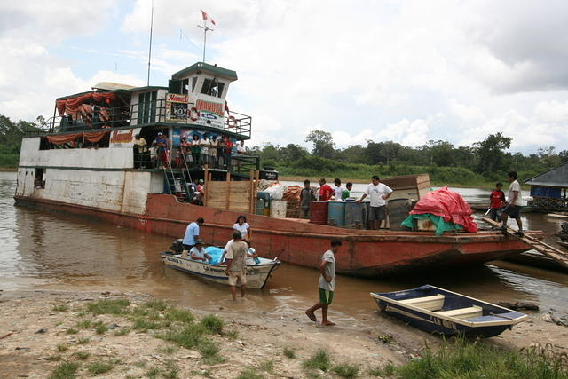 Picture of boat.