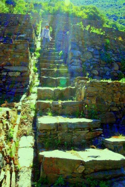 Picture of stairs.