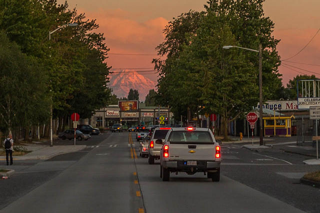 Picture of Rainier.