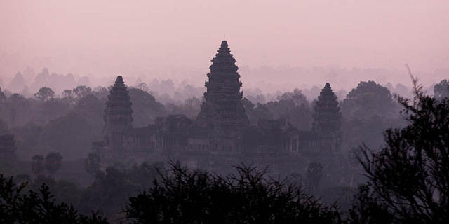 Picture of Angkor Wat from the top of Phnom Bakheng.