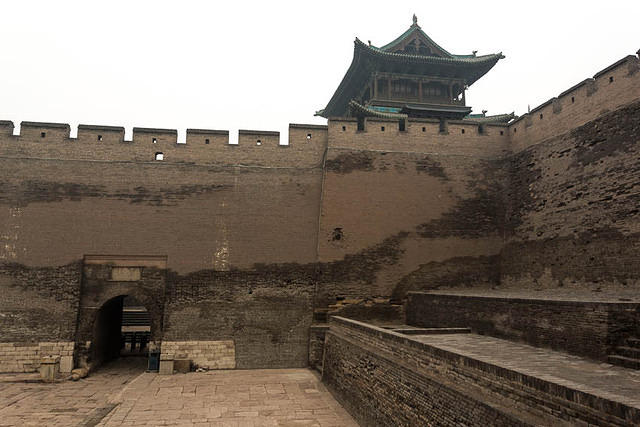 Pingyao: Picture of wall.