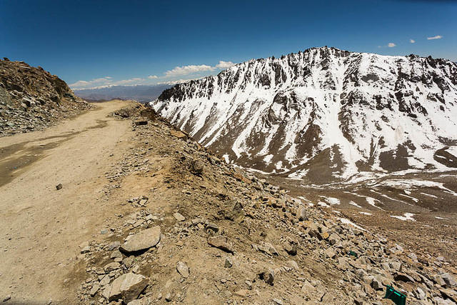 India: Picture of mountain scenery near the Khardung La in India.