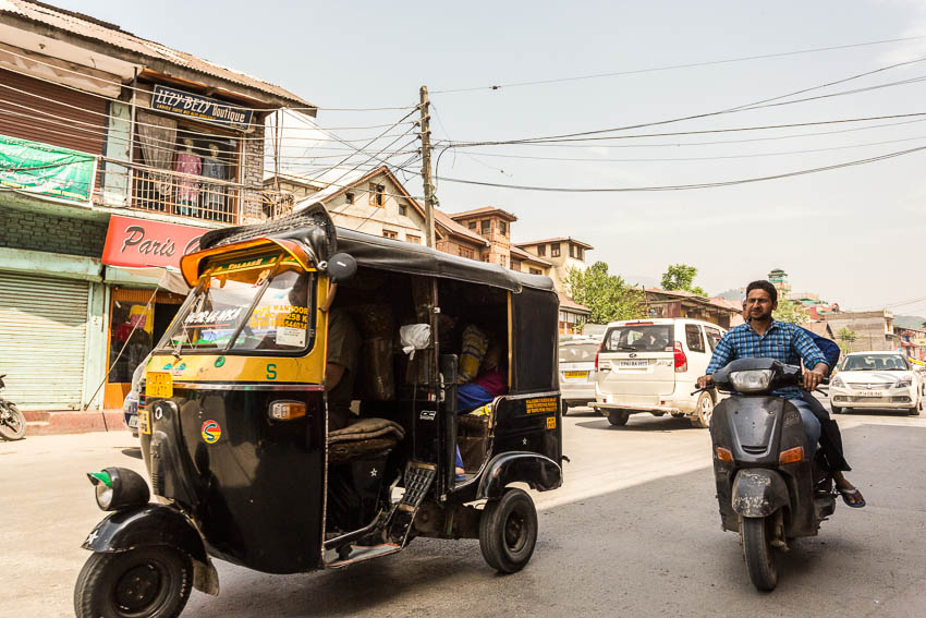Picture of auto rickshaw.