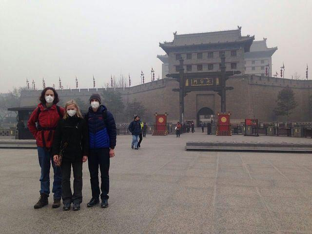 2016: Picture of Dan, Shalon and Kroy in a polluted Xi'An.