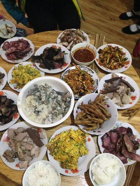 Li Song Mei: Picture of food.