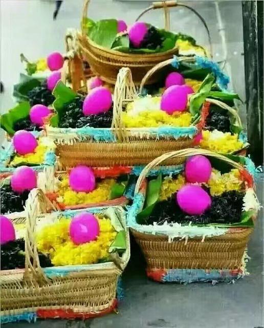 Li Song Mei: Picture of baskets.
