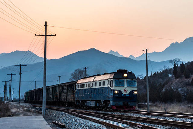 Gubeikou: Picture of train.
