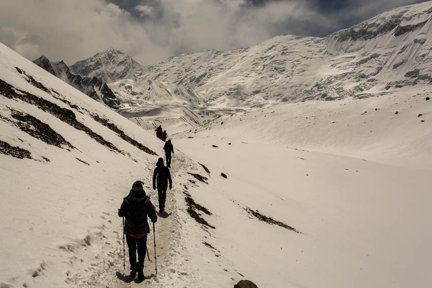 Picture of group walking from Tilicho Lake.