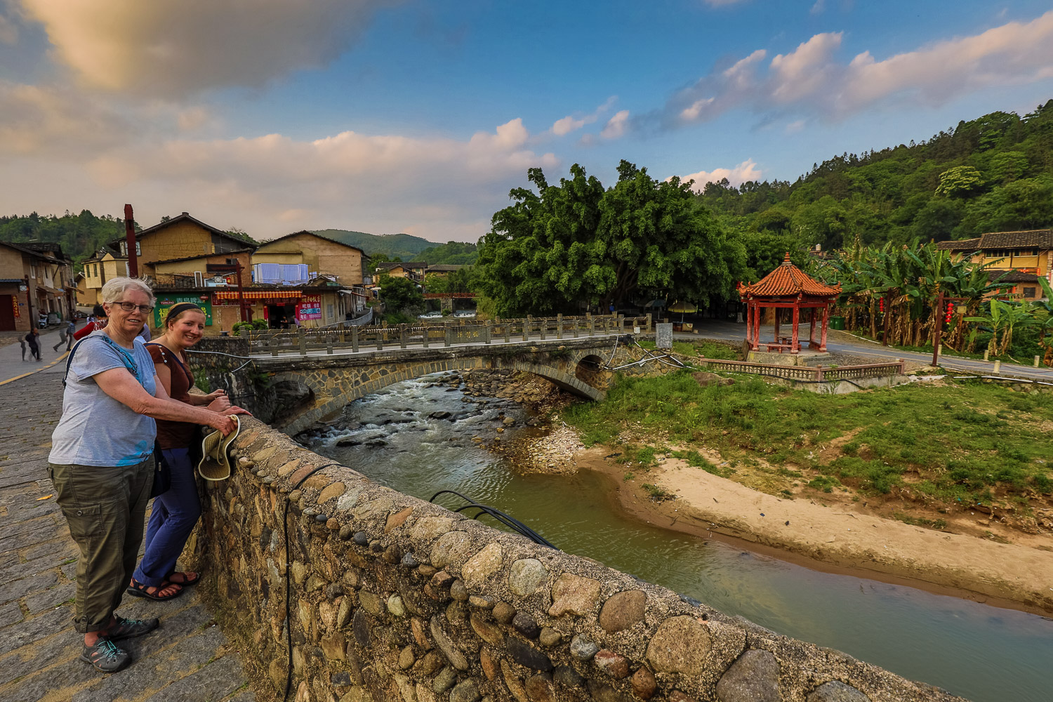 Picture of Mom and Katie in the tulou village.