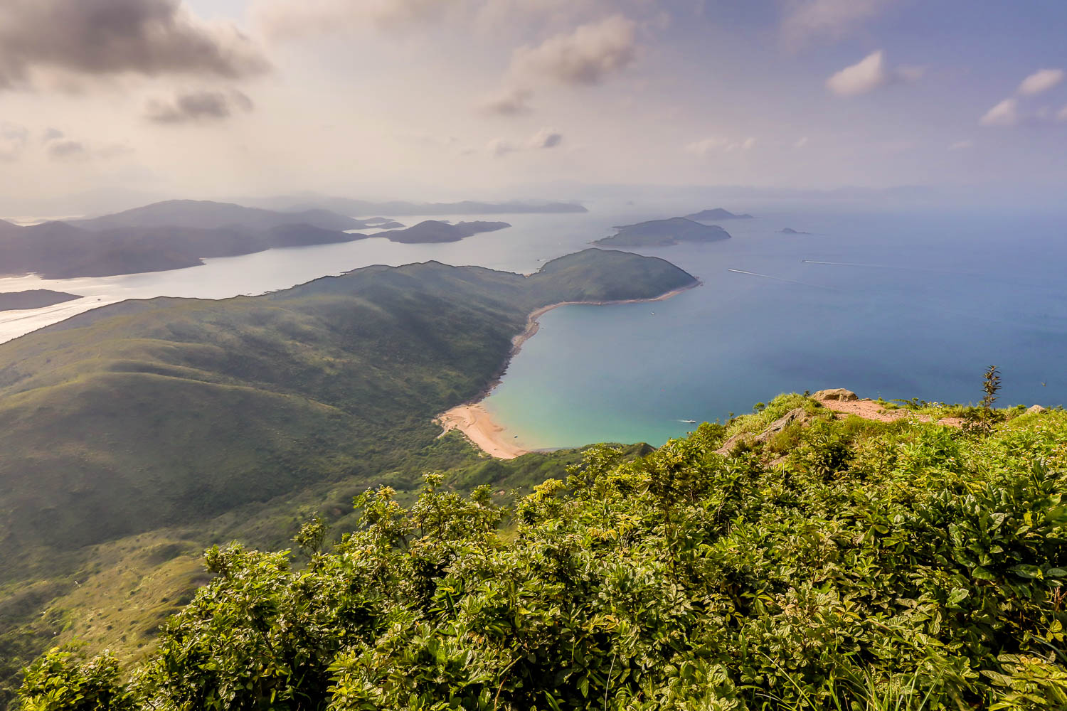 Picture of Sai Kung peninsula from Sharp Peak.